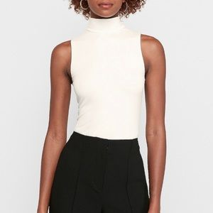 EXPRESS short sleeve turtleneck, off white, S